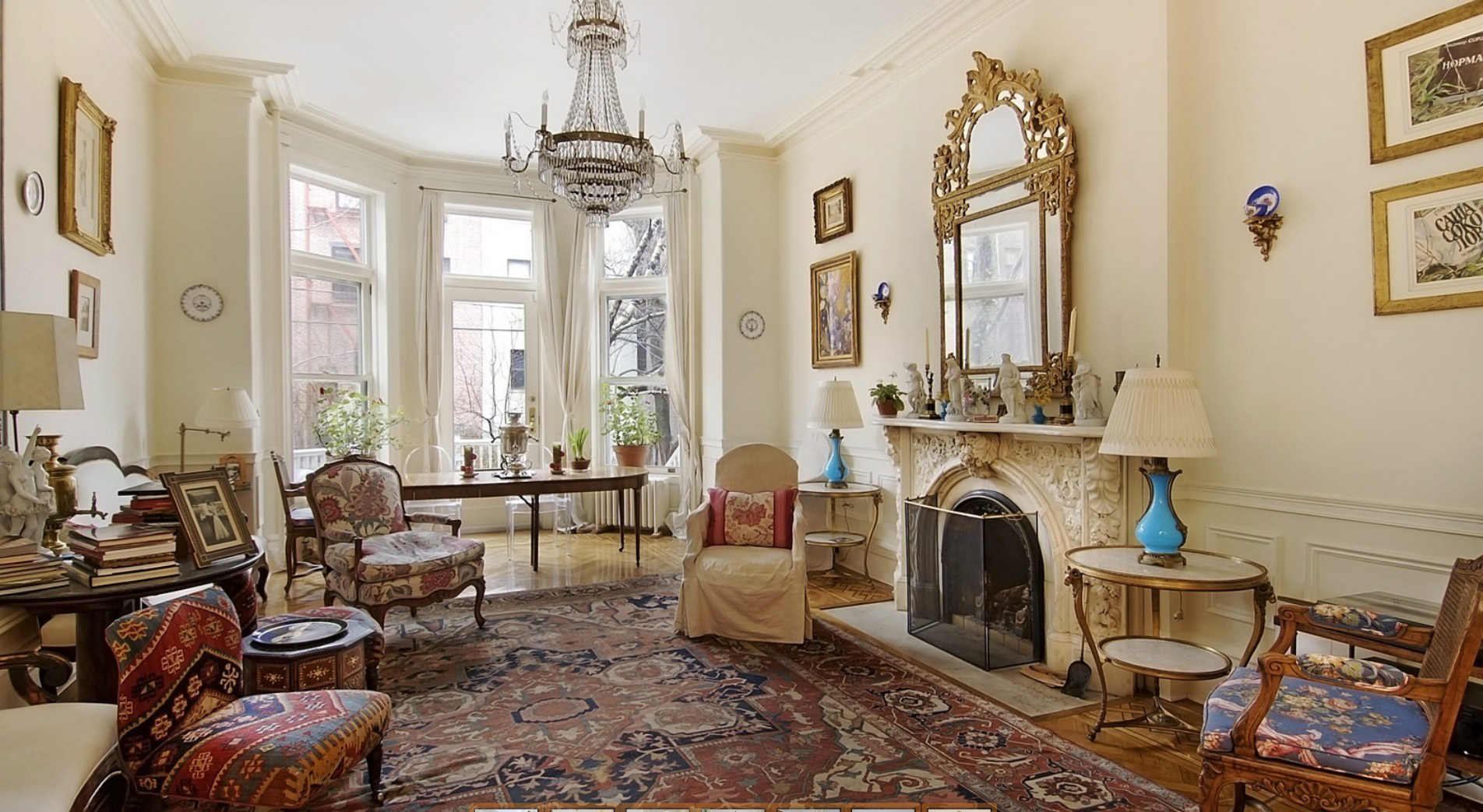 Inspiration files olya thompson brooklyn brownstone for Brownstone living room decorating ideas